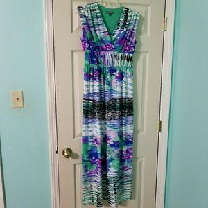 Beautiful patterned maxi dress